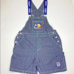 VTG- 1990s Looney Tunes Tweety overalls shorts